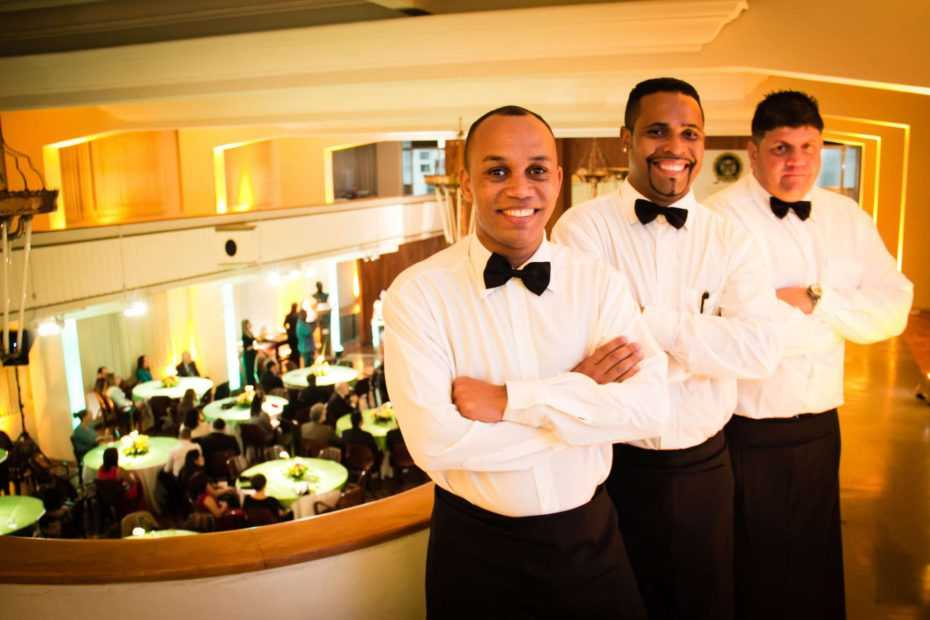 waiter and waitress jobs